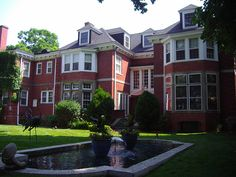 Bingley Fales house (1907). My dream mansion in Detroit.