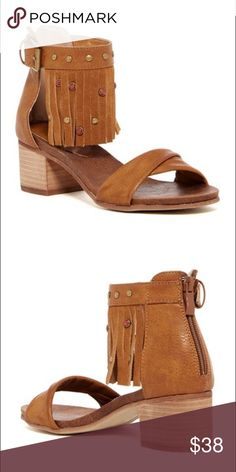 f82bb2b8e941 NWT in box Rebels Lilith Fringe Sandal size 6 Details Sizing  True to size.