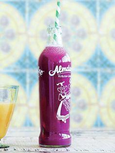 Recipe:紫きゃべつとレモングラス、グレープフルーツのジュース/ジューシーなグレープフルーツとレモングラスが爽やか
