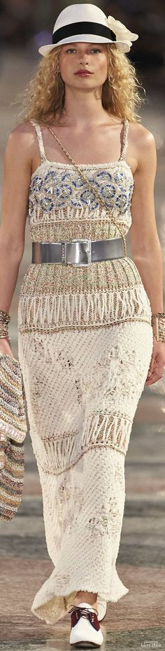 Chanel Resort 2017  Without the hat, and belt, of course.