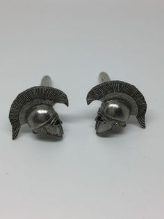 Jewel M Mens Executive Lapel Pin Iron Man Mask Lapel Pin Silver Tone Tie Tac Licensed Marvel Comics