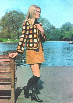 PDF Crochet Pattern Women's Crochet Jacket Yarn Granny Squares Jacket 60s And 70s Fashion, 70s Inspired Fashion, Retro Fashion, Vintage Fashion, 70s Women Fashion, Seventies Fashion, Fashion Tips, 70s Outfits, Vintage Outfits