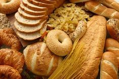 Gluten and PCOS do NOT go together. After a lot of research, and a lot of conflicting information, I am thoroughly convinced that women struggling with PCOS, or with unexplained infertility, need to consider cutting gluten from our diets completely. Gluten Free Diet, Gluten Free Recipes, Paleo Diet, Weight Gain, How To Lose Weight Fast, Weight Loss, Reduce Weight, Loose Weight, Les Allergies