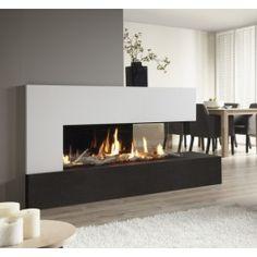 Bent u ook op zoek naar een #haard waarbij u vanuit meerdere hoeken van de woonruimte kunt genieten van het vuur? Dan is de Dru Metro 130XTL de oplossing! Door de extravagante vormgeving is de Dru Metro 130XTL uitstekend geschikt om op de hoek van twee woonruimtes te plaatsen, zoals in de typische L-vormige woonruimtes. Hierdoor is het mogelijk zowel in de zitkamer als in de eetkamer te genieten van de haard. #Fireplace #Fireplaces #Gashaard #Kampen #Interieur
