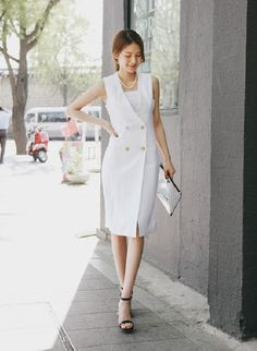 Slimline sleeveless one-piece dress in S/M size, White/Grey.  Totally beautiful and easy to coordinate with jacket for various occasions. #fashion #onepiece #dress #Shippingworldwide