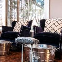 Old Hollywood salon with a laid-back feel