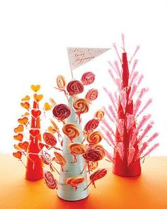This would be a cute display idea for lollipops or cake pops.