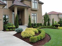 Clean Green Front Landscape - Rosehill Gardens // Kansas City // Residential Landscaping www.rosehillgardens.com