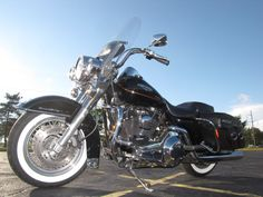 2001 Harley-Davidson ROAD KING CLASSIC FLHRCI ROAD KING CLASSIC - Click to see full-size photo viewer