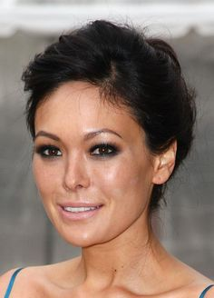 Classic Updos for Prom: Lindsay Price