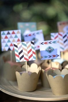 Mini cup cakes with tribal chevron decor Indian Pow Wow, Indian Party, Party Cups, Cup Cakes, Catering, Chevron, Place Cards, Place Card Holders, Mini