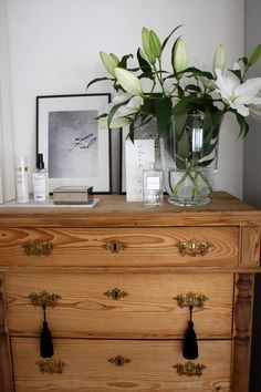 homevialaura #antique #dresser #lilies #flowers #chanel #balmain #tassels #marcbymarcjabobs #ylva #skarp Decor, Furniture, Interior, Shelter, Interior Spaces, Redecorating, Home Decor, Inspiration, Dresser