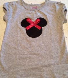 Minnie Mouse shirt for Paige! Granimals plain t shirt, felt, Mickey Mouse head template, ribbon, & all put together with fabric glue. #diymickey #diydisney