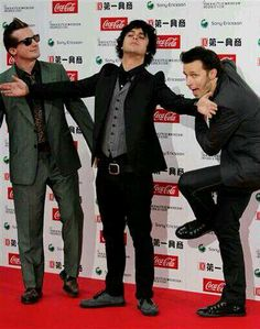 You know something's off when Tré's the only normal one...<<but your only a true green day fan if u know Tre will never ever been normal