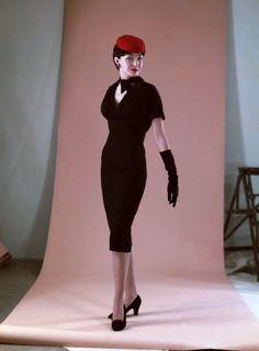 1950s dress : christian dior wiggle dress : 1950