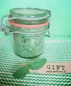 Blote voeten in het gras – mefrouw Gras, Peppermint, Diy, Handmade, Mint, Hand Made, Bricolage, Do It Yourself, Homemade
