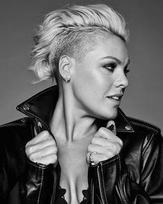 Alecia Beth Moore (aka P! Pink Haircut, Short Haircut, Hair Inspo, Hair Inspiration, New Hair, Your Hair, Beth Moore, My Hairstyle, Hairstyle Ideas