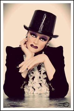 Tammie Brown (Keith Glenshuber) [RuPaul's Drag Race, Season love me some tammie! Drag Queens, Tammie Brown, Rock And Roll, Drag Queen Makeup, Drag King, Club Kids, I Am A Queen, Rupaul Drag, Amazing Women