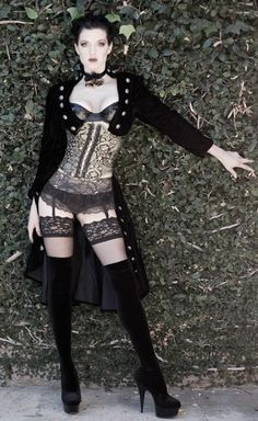 The Alluring Steampunk & Goth Babes Compilation of The Grizzled Monarch because they are the hottest treat or prepare in a certain way, in particular according The Grizzled Monarch Expert in the Feminine Body Structure Style Steampunk, Gothic Steampunk, Steampunk Fashion, Gothic Fashion, Look Fashion, Steampunk Lingerie, Victorian Gothic, Steampunk Clothing, Gothic Lolita