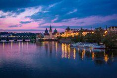 #Prague at night Prague, New York Skyline, Night, Photography, Travel, Photograph, Viajes, Fotografie, Photoshoot