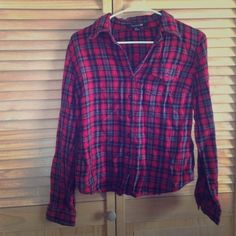 Red Plaid Flannel Red, black & gray plaid flannel from Forever 21. Size Medium. Forever 21 Tops Button Down Shirts