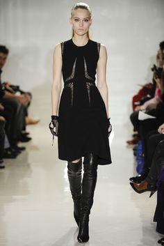 Sfilata Ralph Rucci New York - Collezioni Autunno Inverno 2014-15 - Vogue