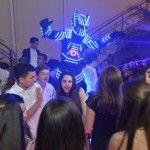 Robô de Led Surpresa na Festa da Debutante Giovanna
