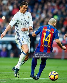 Cristiano Ronaldo of Real Madrid CF (L) competes for the ball with Javier Mascherano of FC Barcelona (R) during La Liga match between FC Barcelona and Real Madrid CF at Camp Nou Stadium on December 2016 in Barcelona, Spain. Cristiano Ronaldo Quotes, Portugal National Football Team, Real Madrid Players, James Rodriguez, Juventus Fc, Soccer World, Camp Nou, Sport Football, Barcelona Spain