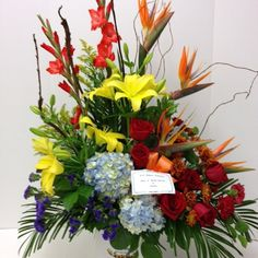 #tribute #roses #hydrangea #lilies #gladioli #birdsofparadise