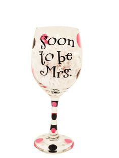 Wine glass with pink and black vinyl polka dots and Bride. Bride To Be Quotes, Gold Bands, Wine Glass, Tableware, Gifts, Bridal Shower, Bling Bling, Shower Ideas, Parties