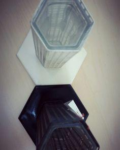 Porta  fiori Josef Hoffmann per Bieffeplast 1986 #Modernariato #vintage #vintageinspired #vintageitalia #forsale #shopping online su Depop profilo Lucio Sarmento #Design #Italy #architettura #Interni #Homestyle #Homedesign #Lifestyle #LuxuryCouture #Precious