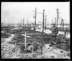 Tumba. Paisaje desolado. 25 de mayo de 1916, por Pierre-Antoine Givord.