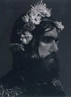 Male muse, Edwardian era headshot of man with beard and flowers in his hair. Flowers For Men, Flowers In Hair, Beautiful Men, Beautiful People, Flower Beard, Expressive Art, Flower Boys, Hair And Beard Styles, Attractive Men