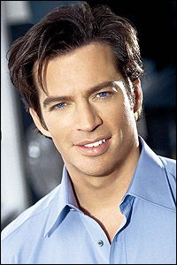 Harry Connick Jr., jazz crooner and actor.