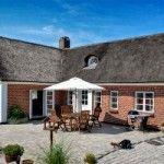 Wer jetzt schon ein Ferienhaus oder Poolhaus für den Urlaub 2017 in Dänemark bucht, kann richtig Geld sparen. Noch gibt es eine große Auswahl an günstigen Ferienhäuser in Dänemark: http://www.poolhaeuser-daenemark.de/urlaub-daenemark-2017/ #Ferienhaus #Poolhaus #Urlaub2017 #Dänemark #Ostsee #Nordsee #buchen #Bornholm #Lolland #Falster #Mön #Fünen #Djursland #Mols# #Ostjütland #Westlütland #Nordwestjütland #Nordostjütland #Skagen