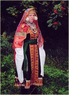 Nizhny Novgorod region, bride costume.   Ascension district, Nizhny Novgorod region,   village Kriushi (Tambov Province). Ascension district   End of XIX century. (Tambov Province).