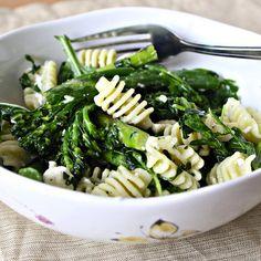 YUMO. Pasta salad with asparagus, broccolini and feta. ~~~ I would use cojita cheese too. <3