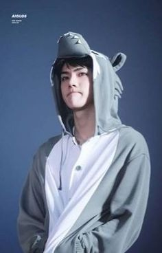 Image discovered by EXO. Find images and videos about kpop, exo and baekhyun on We Heart It - the app to get lost in what you love. Baekhyun Chanyeol, Exo Bts, Sehun Oh, Sehun Cute, Kpop Exo, Bts And Exo, Park Chanyeol, Kaisoo, Chanbaek