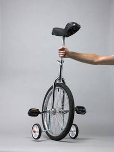 A unicycle detourne by Daniel Eatock. Are you kidding me where were my training wheels when I was learning to ride. #WhatGives