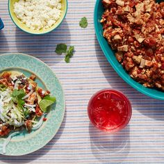 Known as tinga in Mexico, this popular tostada topping is tastiest with the addition of crumbled Mexican chorizo (a fresh sausage, unlike dried Spanish chorizo).