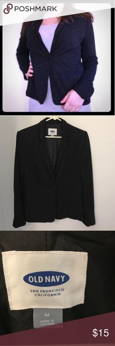 Old Navy Blazer Black blazer, it has small shoulder pads and the slit in the back is still sewn shut it's hardly been worn. It's super cute and really comfortable, it moves with you and isn't stiff. Outer shell is 97% rayon and 3% spandex. Lining is 100% polyester. Machine washable. Old Navy Jackets & Coats Blazers