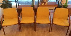 """Ensemble de 4 chaises à bras Kai Kristiansen en Teck pour Korup Stolefabrik """"Denmark"""" 1960's - restaurés et nouveaux recouvrement 1225$ 21"""" x 23"""" x 31""""H Assise: 18""""H"""