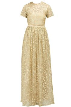Gold digitally embroidered gown available only at Pernia's Pop-Up Shop.