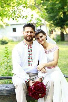 NUNTA TRADITIONALA Wedding Dress Sleeves, Wedding Gowns, Our Wedding, Dream Wedding, Wedding Ideas, Traditional Wedding Dresses, Traditional Outfits, Romanian Wedding, Eslava