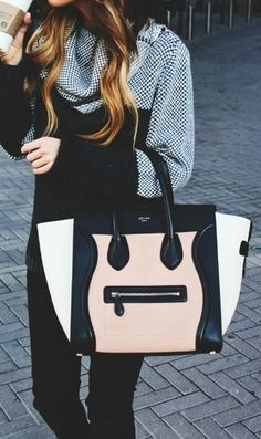 A color-blocking bag is the perfect season-less transitional piece! Would you rock this tote this fall?