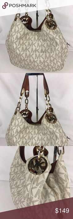 """Michael Kors Fulton Signature Large Shoulder Tote Condition: Used. Exterior in good condition. Interior liner has lots of pen and other marks. Interior could use a good cleaning. No smoke. Hardware has normal scratches and signs of use. A bag I would use daily after a little cleanup!    Interior features 1 zip pocket, 3 open pockets, 1 cell phone pocket and 1 key fob, 13-1/2"""" W x 11"""" H x 4"""" D. Style 30H4GFTL3B. Our bag # RB280  Thank you for your interest!  PLEASE - NO TRADES / NO LOW BALL…"""