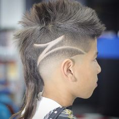 Haircut by fade_master http://ift.tt/1MPMghC #menshair #menshairstyles #menshaircuts #hairstylesformen #coolhaircuts #coolhairstyles #haircuts #hairstyles #barbers