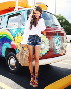 white peasant top // jean shorts // pom pom wedges // straw bag Today's post is a little different... but since the major tre...