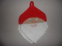 Hjemmelaget: Nissegrytekluter Christmas Crafts, Xmas, Christmas Ornaments, Crochet Christmas, Doilies, Animals And Pets, Pot Holders, Ravelry, Coasters