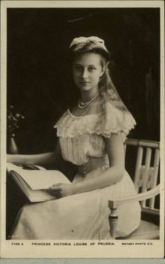 thefirstwaltz:  indypendentroyalty:  Princess Victoria Louise of Prussia, eldest Daughter of Queen Victoria  To clear that up, eldest daughter of Kaiserin August Victoria and Kaiser Wilhelm II of Germany! Great-granddaughter of Queen Victoria. :) Beautiful photo!